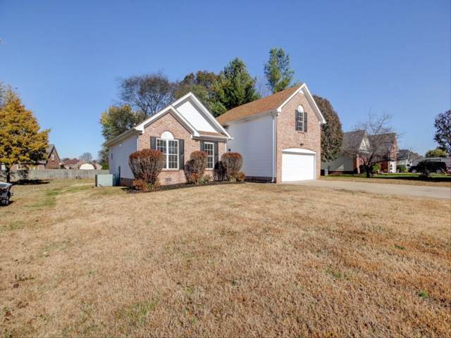 1189 Connemara Way, Clarksville, TN 37040 (MLS #RTC2100346) :: The Group Campbell powered by Five Doors Network