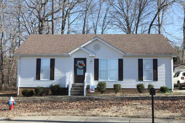 242 Sleepy Hollow Dr, Springfield, TN 37172 (MLS #RTC2104589) :: DeSelms Real Estate