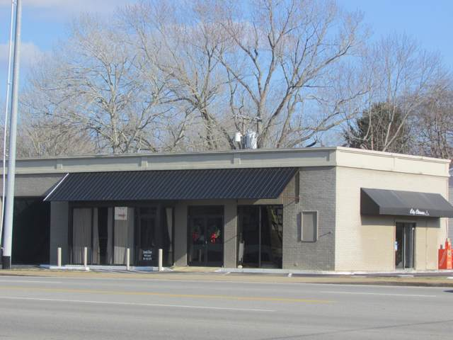 402 N Locust Ave N, Lawrenceburg, TN 38464 (MLS #RTC2105285) :: Nashville on the Move