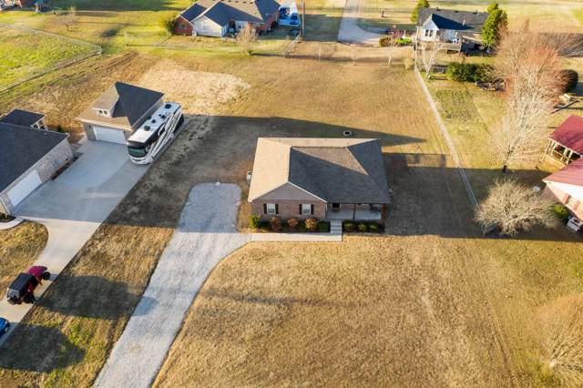 413 Sylvis Rd, Dickson, TN 37055 (MLS #RTC2105392) :: REMAX Elite