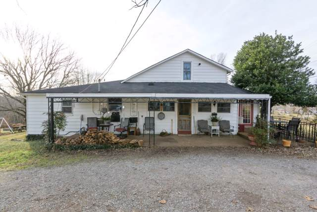 3135 Highway 12N, Chapmansboro, TN 37035 (MLS #RTC2108002) :: CityLiving Group