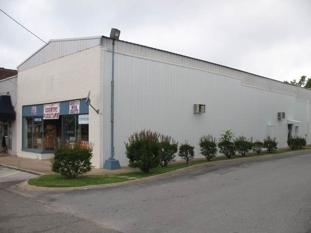 26561 Main Street, Ardmore, TN 38449 (MLS #RTC2112580) :: The Group Campbell powered by Five Doors Network