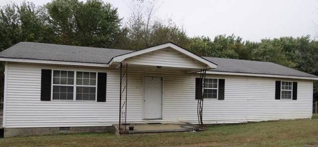 211 Church St, Spencer, TN 38585 (MLS #RTC2113456) :: DeSelms Real Estate