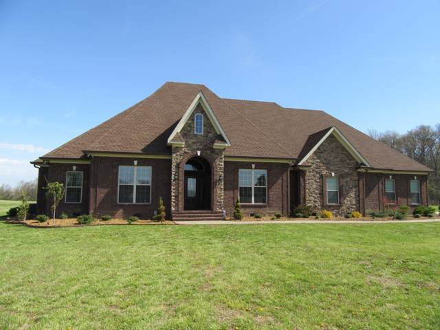 210 Michael Cir, Lafayette, TN 37083 (MLS #RTC2114262) :: Felts Partners