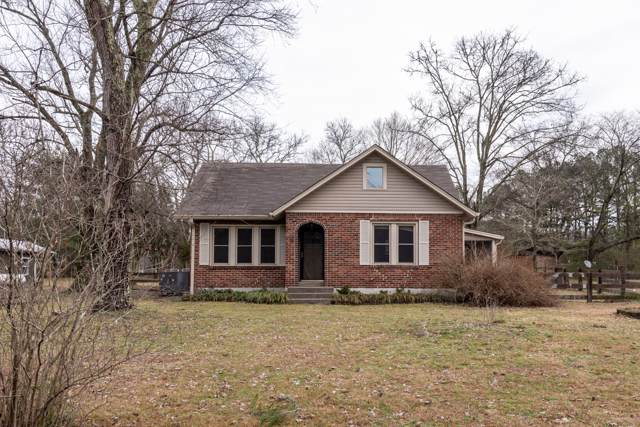 2214 25W Hwy, Cottontown, TN 37048 (MLS #RTC2114849) :: The Milam Group at Fridrich & Clark Realty