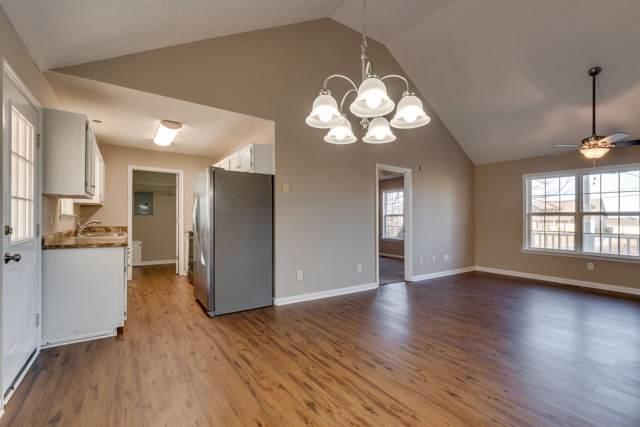 3946 Honeysuckle Way, Chapel Hill, TN 37034 (MLS #RTC2114875) :: Village Real Estate