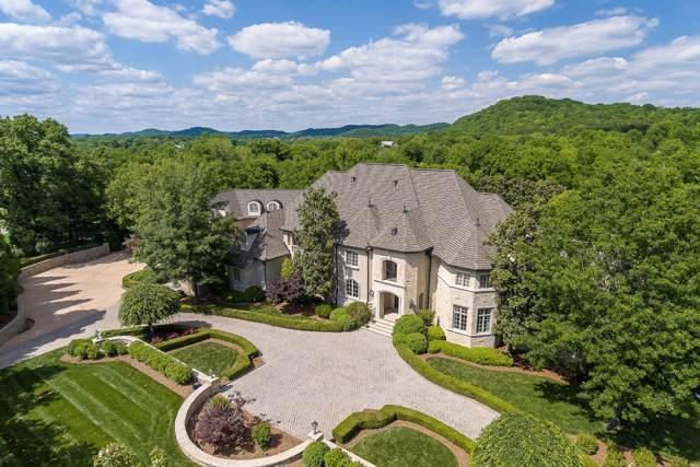 2410 Hidden River Ln, Franklin, TN 37069 (MLS #RTC2115279) :: Benchmark Realty