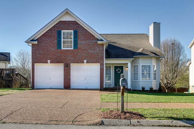 2052 Upland Dr, Franklin, TN 37067 (MLS #RTC2115373) :: RE/MAX Homes And Estates