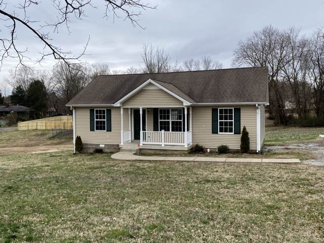 1017 Justice St, Greenbrier, TN 37073 (MLS #RTC2117379) :: Nashville on the Move