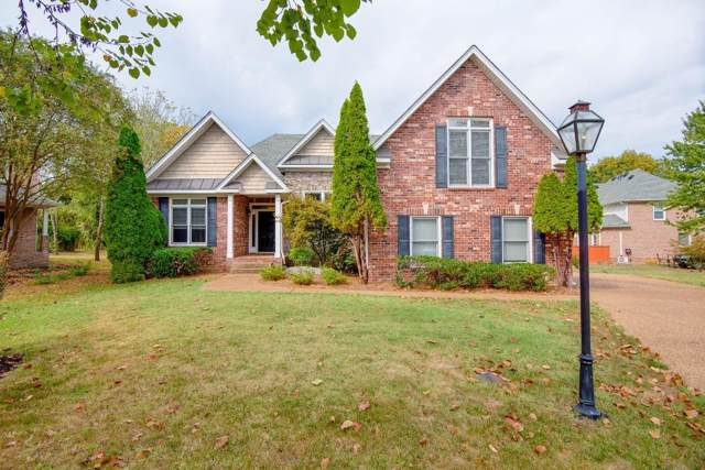 1004 E Point Cv, Hermitage, TN 37076 (MLS #RTC2117470) :: Village Real Estate