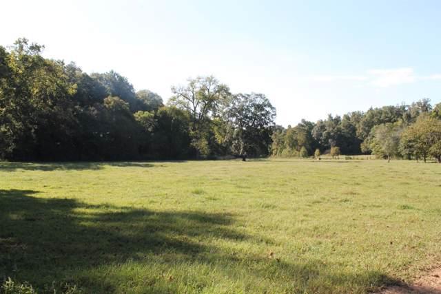 1830 Deer Ck Rd, Mc Ewen, TN 37101 (MLS #RTC2119261) :: EXIT Realty Bob Lamb & Associates
