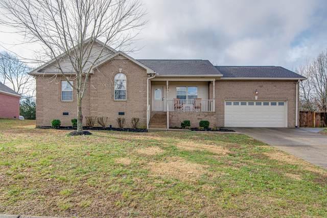 5025 Summit Dr, Greenbrier, TN 37073 (MLS #RTC2120657) :: Village Real Estate