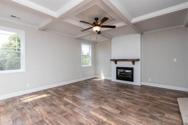 1252 Black Oak Circle, Clarksville, TN 37042 (MLS #RTC2121308) :: Village Real Estate
