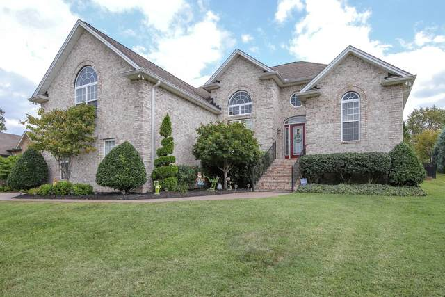 3017 Settlers Ct, Greenbrier, TN 37073 (MLS #RTC2121652) :: Village Real Estate