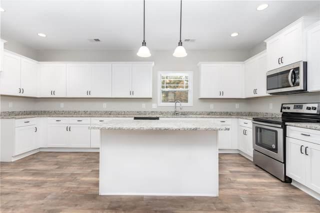 1260 Black Oak Circle, Clarksville, TN 37042 (MLS #RTC2122008) :: Village Real Estate