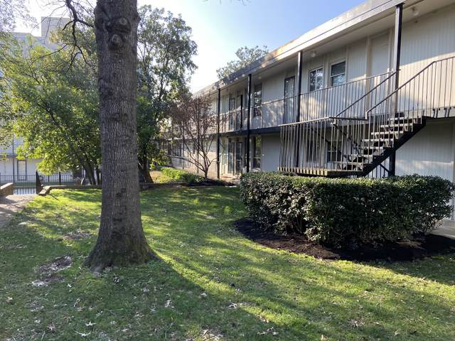 3831 West End Ave #16, Nashville, TN 37205 (MLS #RTC2122243) :: Fridrich & Clark Realty, LLC