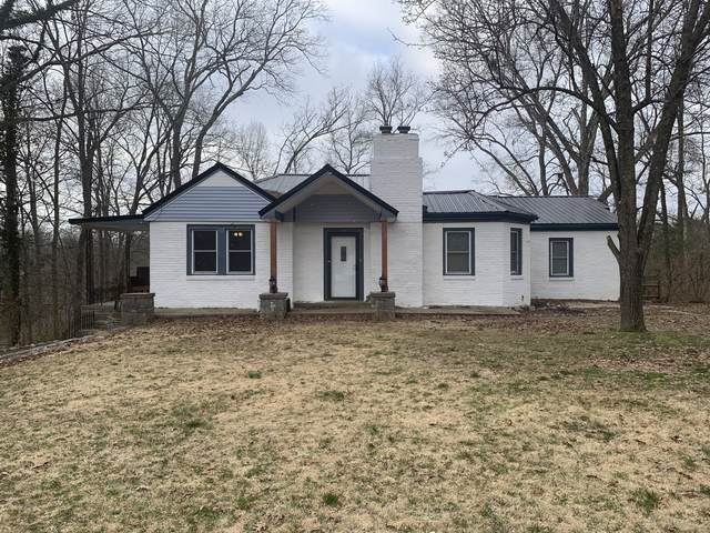 233 Hickory Hts, Clarksville, TN 37040 (MLS #RTC2122656) :: RE/MAX Homes And Estates