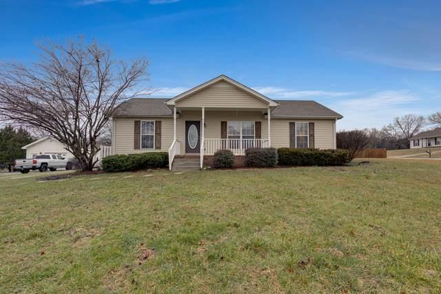 2076 Shawnee Ln, Greenbrier, TN 37073 (MLS #RTC2122899) :: Village Real Estate