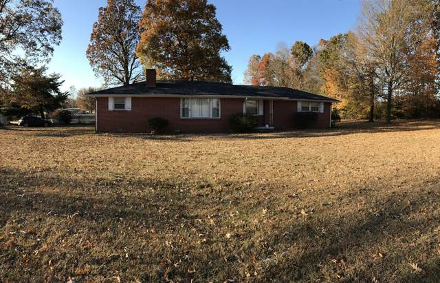 2807 Bearwallow Rd, Ashland City, TN 37015 (MLS #RTC2123037) :: The Group Campbell powered by Five Doors Network