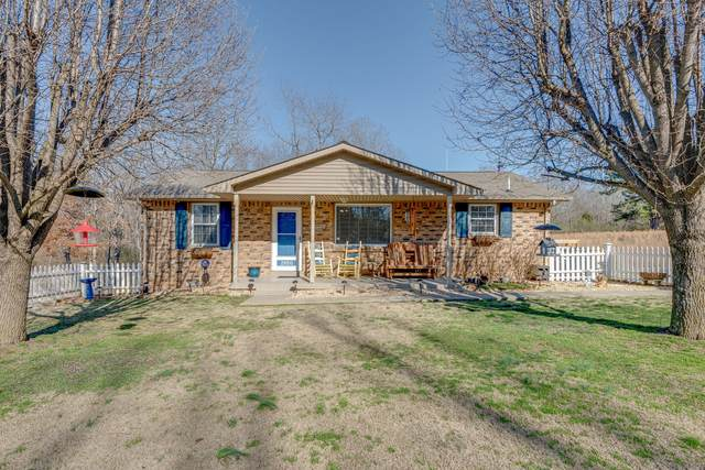 2850 Hillcrest Dr, Centerville, TN 37033 (MLS #RTC2123482) :: RE/MAX Homes And Estates