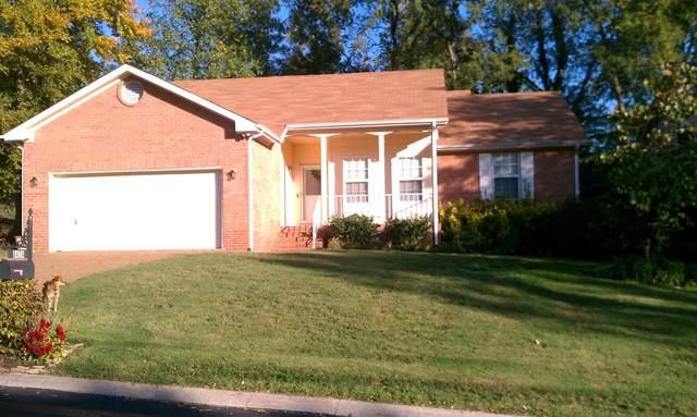 8424 Indian Hills Dr, Nashville, TN 37221 (MLS #RTC2123521) :: The Kelton Group