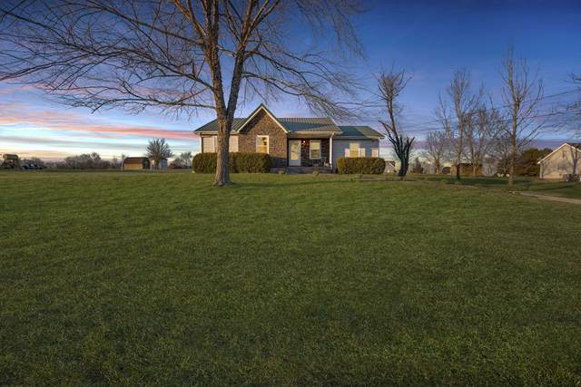 2473 Chester Harris Rd, Woodlawn, TN 37191 (MLS #RTC2123589) :: Maples Realty and Auction Co.