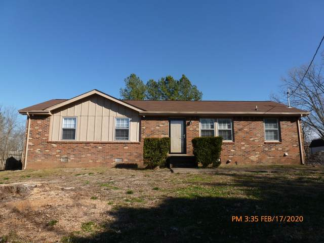 1329 Courtney Dr, Clarksville, TN 37042 (MLS #RTC2123826) :: RE/MAX Homes And Estates
