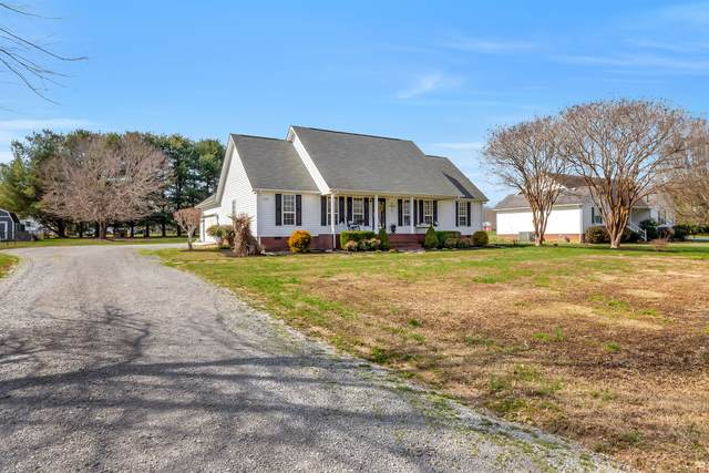 585 Grand View Dr, Smithville, TN 37166 (MLS #RTC2124021) :: DeSelms Real Estate