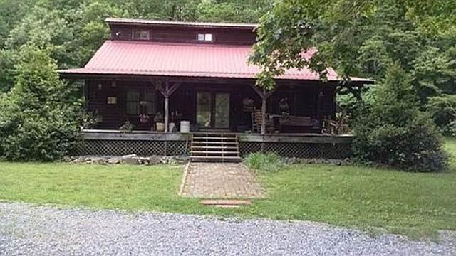 1286 Bell Hollow Rd, Vanleer, TN 37181 (MLS #RTC2124373) :: Village Real Estate