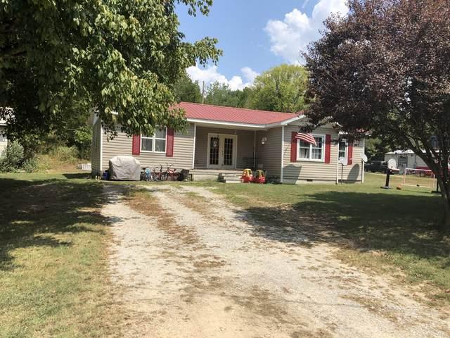 5226 Highway 100 W, Centerville, TN 37033 (MLS #RTC2125091) :: Village Real Estate