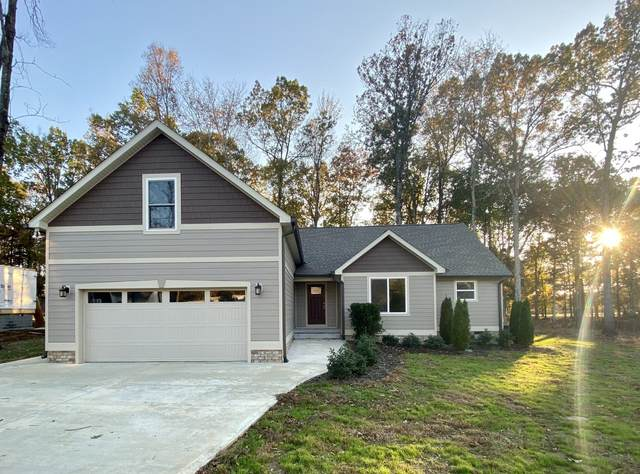 16 Hickory Lane, Dickson, TN 37055 (MLS #RTC2125094) :: The DANIEL Team | Reliant Realty ERA