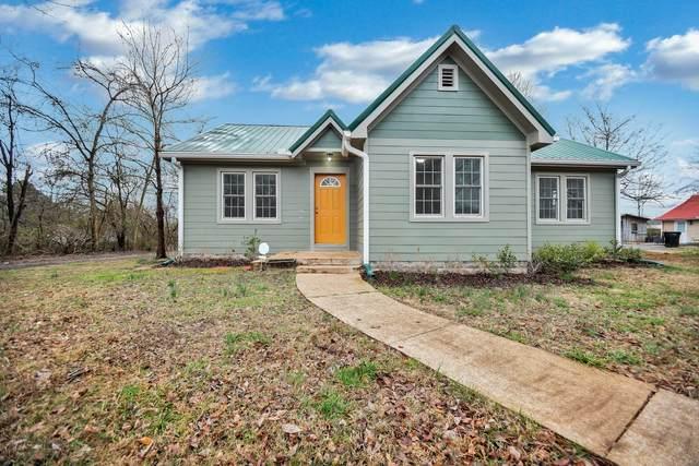 1115 Woodard St, Clarksville, TN 37040 (MLS #RTC2125211) :: Five Doors Network