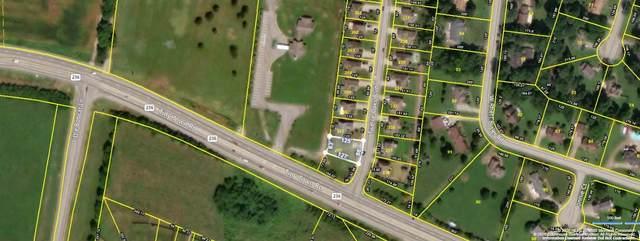 3300 Twelve Oaks Blvd, Clarksville, TN 37042 (MLS #RTC2125444) :: Village Real Estate