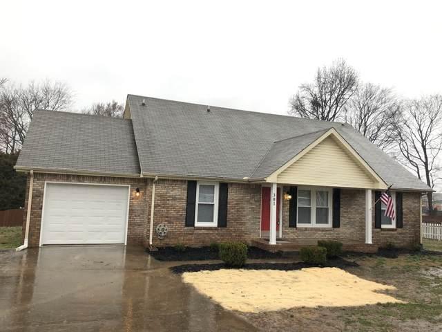 301 Marys Oak Dr, Clarksville, TN 37042 (MLS #RTC2125635) :: Village Real Estate