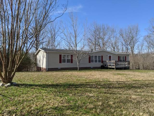 2104 Lance Ct, Centerville, TN 37033 (MLS #RTC2125696) :: Village Real Estate
