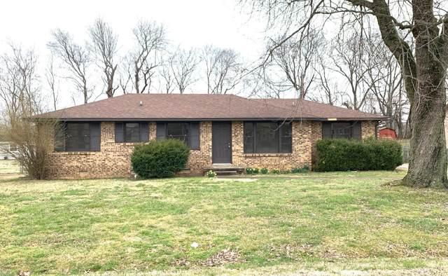 119 Susan St, Clarksville, TN 37042 (MLS #RTC2126039) :: HALO Realty