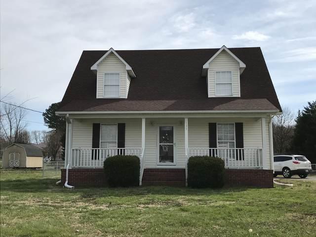 135 Tarpley Ave, Cornersville, TN 37047 (MLS #RTC2127562) :: Five Doors Network
