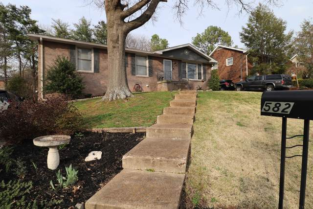 582 Huntington Pkwy, Nashville, TN 37211 (MLS #RTC2131428) :: Village Real Estate
