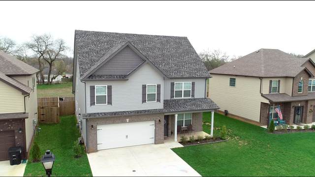 1321 Winterset Dr, Clarksville, TN 37040 (MLS #RTC2132807) :: Kimberly Harris Homes