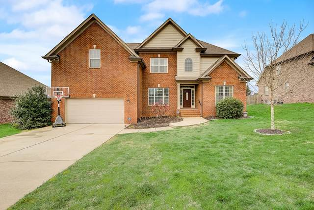 3075 Sakari Cir, Spring Hill, TN 37174 (MLS #RTC2133202) :: Benchmark Realty