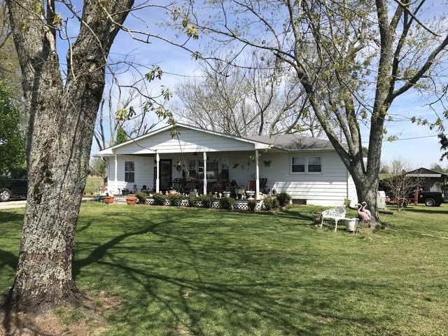 572 Rabbit Trail Rd, Leoma, TN 38468 (MLS #RTC2135418) :: DeSelms Real Estate