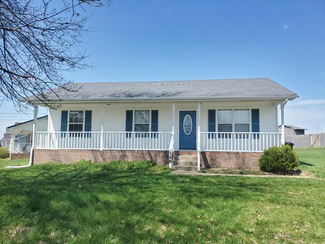 135 Grant Ave, Oak Grove, KY 42262 (MLS #RTC2135642) :: HALO Realty