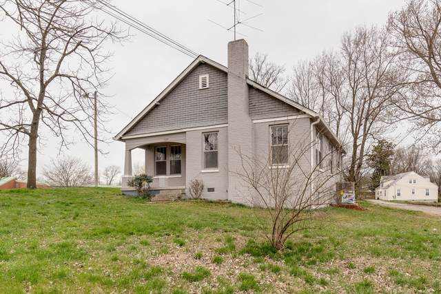 1604 Highland Ave, Columbia, TN 38401 (MLS #RTC2135842) :: DeSelms Real Estate
