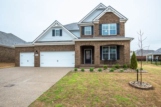 8016 Forest Hills Dr, Spring Hill, TN 37174 (MLS #RTC2136048) :: Nashville on the Move