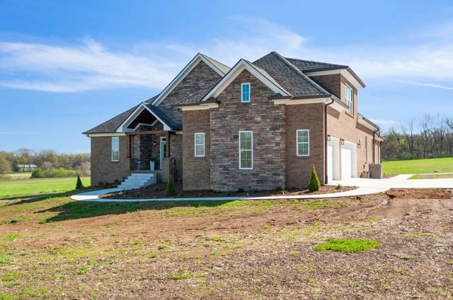 979 Mooresville Pike, Columbia, TN 38401 (MLS #RTC2136354) :: Stormberg Real Estate Group