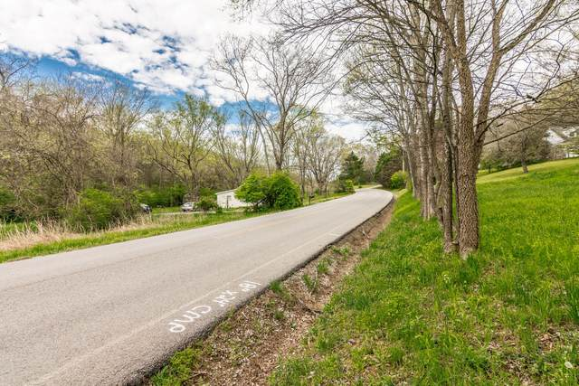 2261 N Berrys Chapel Rd N, Franklin, TN 37069 (MLS #RTC2136556) :: Cory Real Estate Services