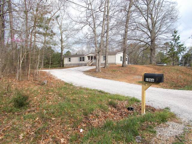 601 Caps Ridge Rd, Dickson, TN 37055 (MLS #RTC2136798) :: John Jones Real Estate LLC