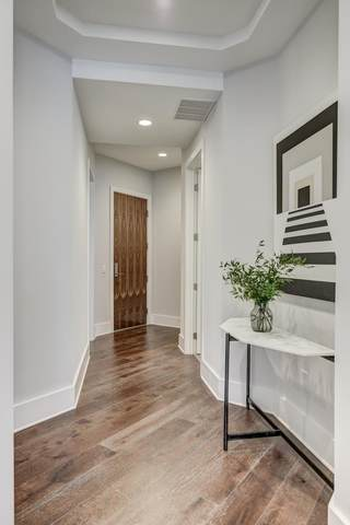 20 Rutledge St #506, Nashville, TN 37210 (MLS #RTC2137317) :: Ashley Claire Real Estate - Benchmark Realty