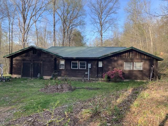 1140 Blowing Springs Rd, Lawrenceburg, TN 38464 (MLS #RTC2137376) :: Berkshire Hathaway HomeServices Woodmont Realty