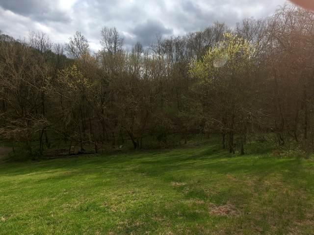 1745A Garrison Branch Rd, Cottontown, TN 37048 (MLS #RTC2137503) :: Berkshire Hathaway HomeServices Woodmont Realty